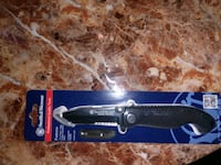 black and gray knife with box Saint Petersburg, 33712