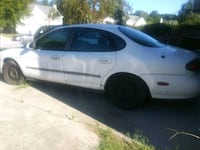 white 5-door hatchback Jonesboro, 30238
