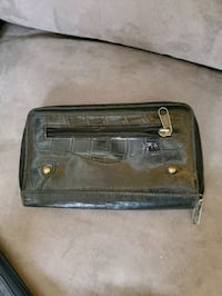 wallet Whitby, L1P 1S1