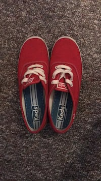 red keds size 7 Gahanna, 43230