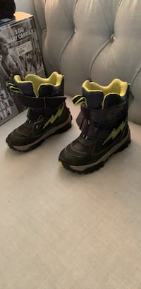Geox winter boots size 10 Richmond Hill, L4S 0C5