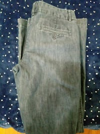 Womens xpress design jeans size 6 New Albany, 47150