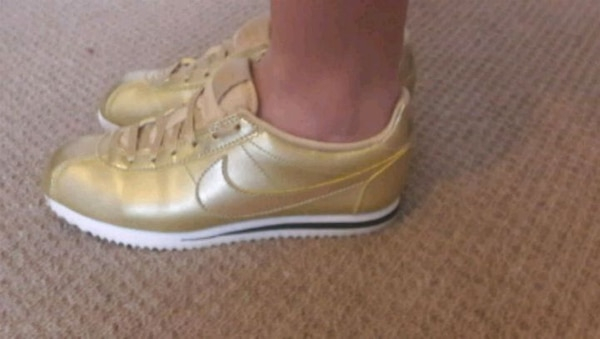 74a88734f3cb1 Used Size 3 gold Nike trainers never worn for sale in Margate - letgo