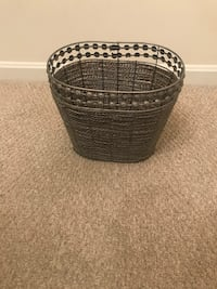 Silver Basket/Bathroom Trash Basket Greenbelt