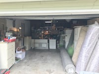 Garage sale in holly berry court 3247 falls church. Tools/decoration/furniture  Falls Church, 22042
