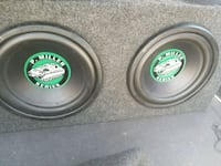 Two 10 inch subs, 500F Capacitor, 1000w Sony amp Aurora, 80013