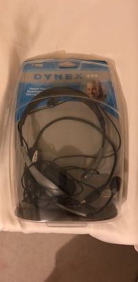 black and blue corded headset 35 km