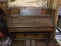 Antique Pump Organ 38 km