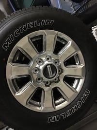 F250 Platinum wheels and tires (New) Tampa, 33612