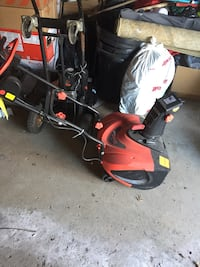 like new electric snow blower  Toronto, M9V 1N7