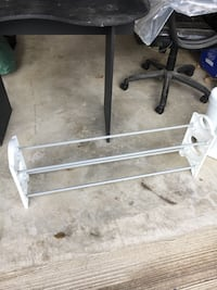 Shoe rack free. Porch pick up