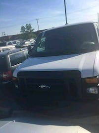 ford  - ford e250  - 2008 diesel  Toronto