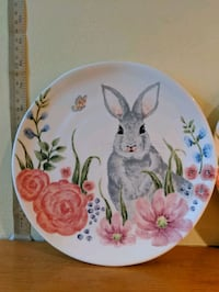 4 Easter bunny decorative plates New Tecumseth, L9R 1C4