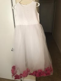 white and pink sleeveless dress Woodbridge, 22192
