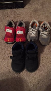 Toddler's three pairs of shoes 32 km