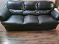 Black Leather Couch Winnipeg, R2P 0H4