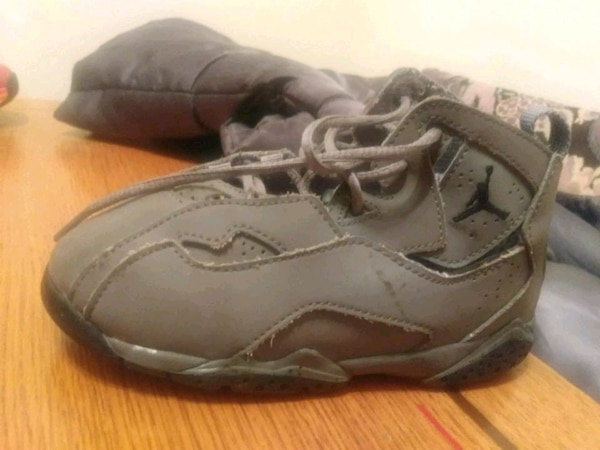 135578f30c77 Used Air Jordan youth size 10 age 2 to 5. for sale in Bloomington - letgo