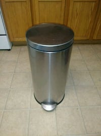 Simple Human- Stainless Steel Trash Can 75 km