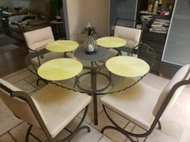 Table with 4 chairs leather