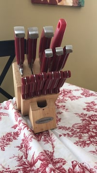 brown wooden kitchen knife block set Clarksburg, 20871