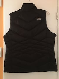 North face Women's XL vest 46 km