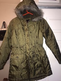 Woman's olive green jacket size small  Tucson, 85706