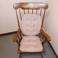 Solid wood adult rocking chair Toronto, M2K