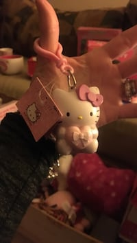 Bundle deal on all hello kitty items keychain Glen Burnie, 21060