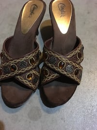 pair of brown-and-black sandals Fresno, 93722