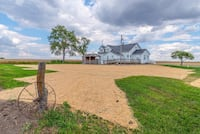 Country Home FOR SALE 3BR 2BA .5 Acre Just South of B/N MLS 2183834 619 mi