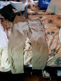 brown and white cargo pants Toronto, M1C 2T4