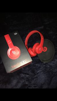 red Beatssolo 2 by Dr. Dre headphones with box Cambridge, N3H 5E6