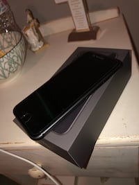 iPhone 8 Space Grey 64GB Unlocked! Perfect condition Toronto