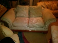 2 white fabric sofas in mint condition Fort Myers, 33901