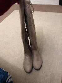 Taupe suede knee boots San Diego, 92115