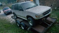 2000 model explorer xlt PART OUT OR SELL AS WHOLE  Fairmount, 30139