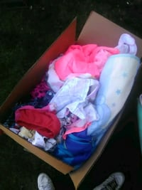 Box of Baby girl cloths size 9 months - 24 months Yakima, 98901