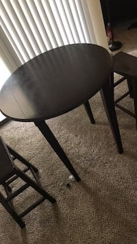 table with 2 chairs set Duluth, 30096