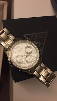 Silver 42mm GUESS watch Atwater, 95301