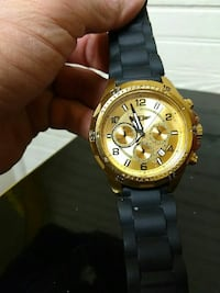 Divers gold watch 55 foot diving capacity