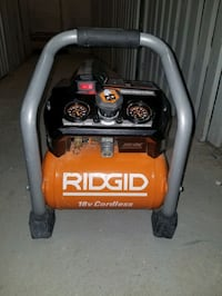 RIDGID 1 Gallon 18-Volt Brushless Air Compressor ( Toronto, M8W 1G4