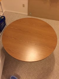 Office table or dinning table excellent condition Delta, V4E 3J2
