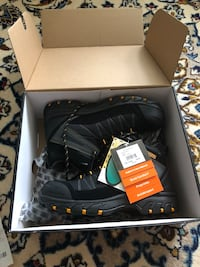 Steel toe work shoes/ BRAND NEW -with tags
