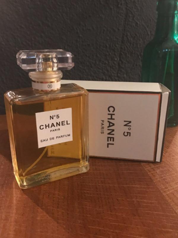 Used Chanel No 5 Paris Eau De Parfum 100ml New And Sealed For Sale