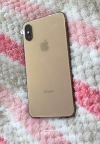 Unlocked iPhone XS 64gb - Excellent condition  Mississauga, L5B