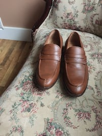Pair of brown leather loafers Nashville, 37013