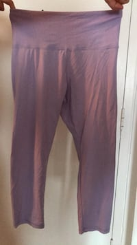 Light purple workout pants size medium forever 21 Montréal, H3H 2L8