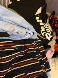 BUNCH OF CLOTHES! ( in surprise baggies! ) Toronto, M6A 1P4