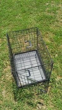 Metal cage with pan for sell or trade Chattanooga, 37406