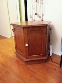 brown wooden 2-door cabinet Gaithersburg, 20879